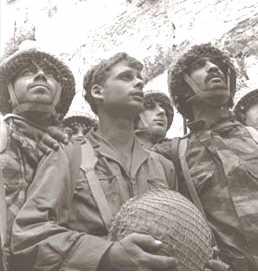 http://www.zionism-israel.com/dic/Six_day_war_wall.jpg