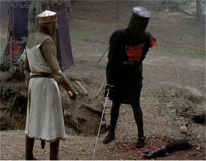 Monty-Python-Black-Knight-with-one-arm-off-794357